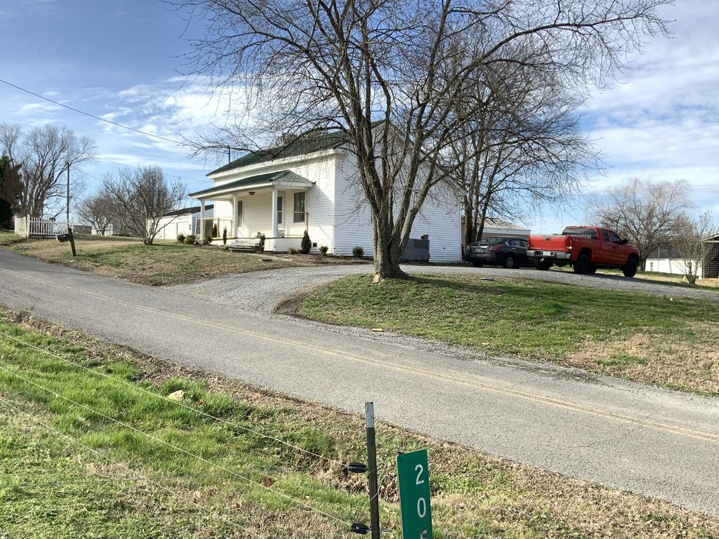 206 Old Flat Creek Rd, Shelbyville