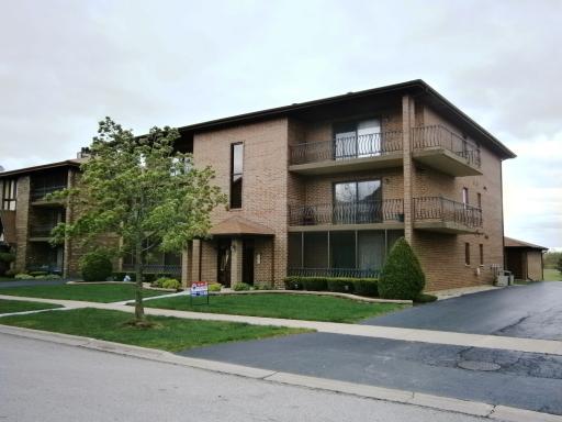 16743 S PAXTON Avenue -3N Tinley Park, IL 60477