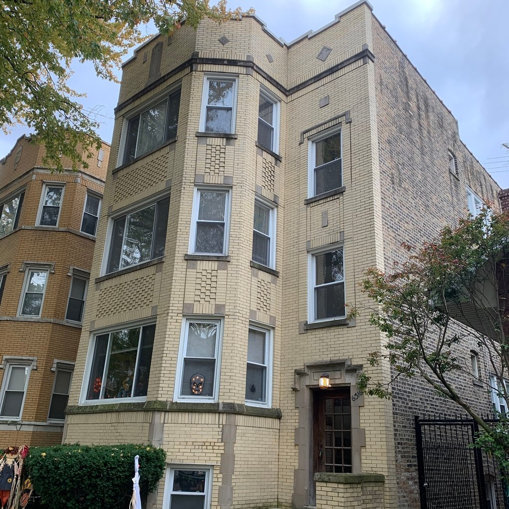 6316 N Rockwell Street -3 Chicago, IL 60659