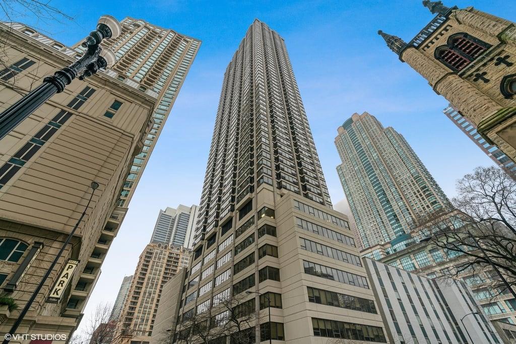 30 E Huron Street -1102 Chicago, IL 60611