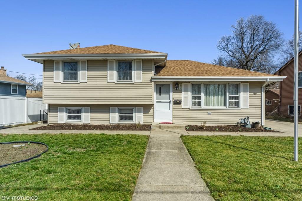 505 W 2nd Street Elmhurst, IL 60126