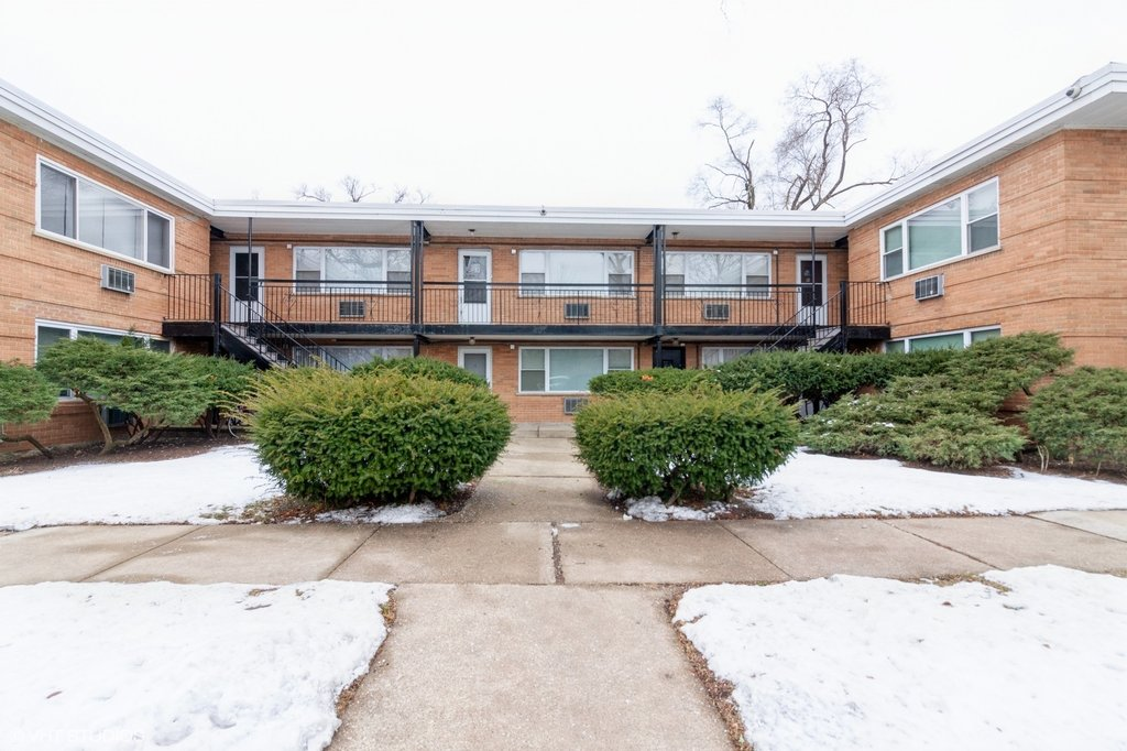 405 Austin Street -10 Downers Grove, IL 60515
