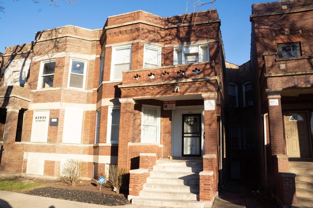 6237 S Eberhart Avenue -1 Chicago, IL 60637