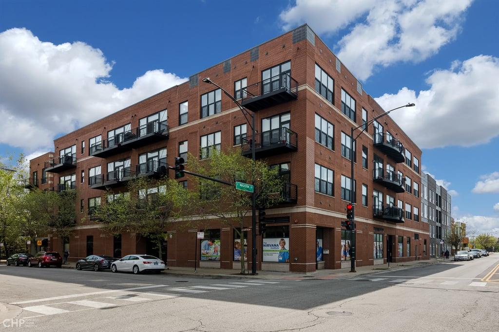 2 S LEAVITT Street -408 Chicago, IL 60612