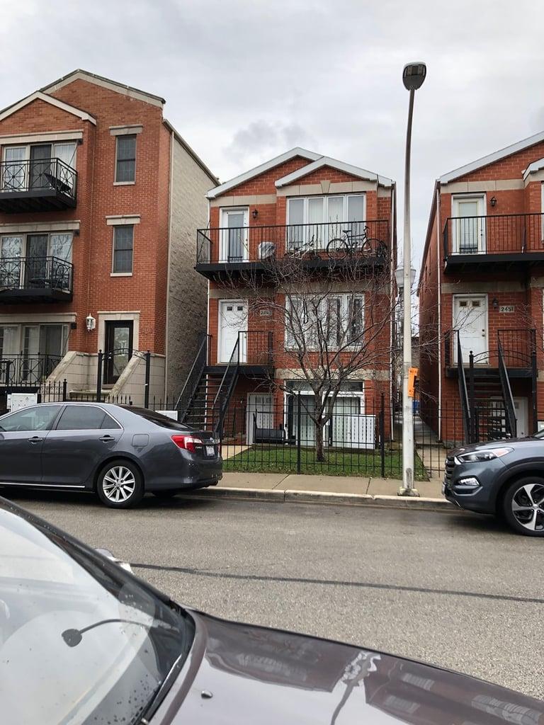 2447 W Polk Street -2 Chicago, IL 60612