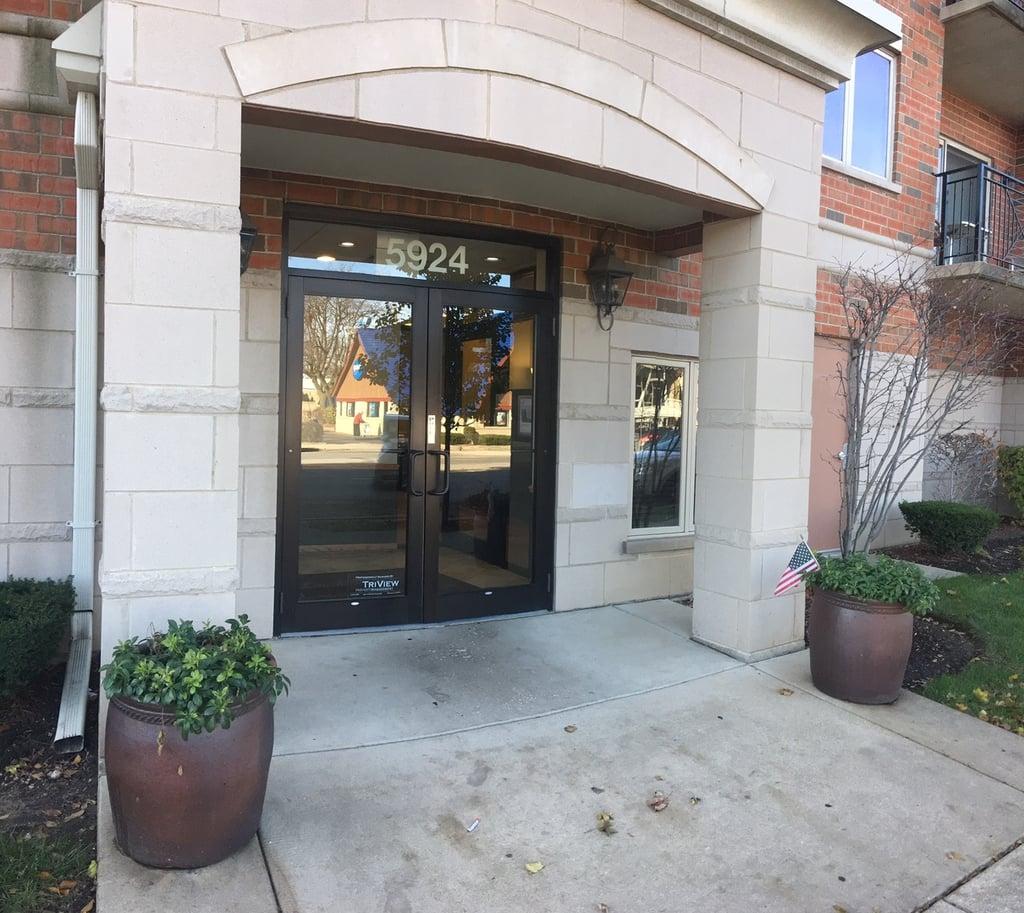 5924 N Lincoln Avenue -206 Chicago, IL 60659