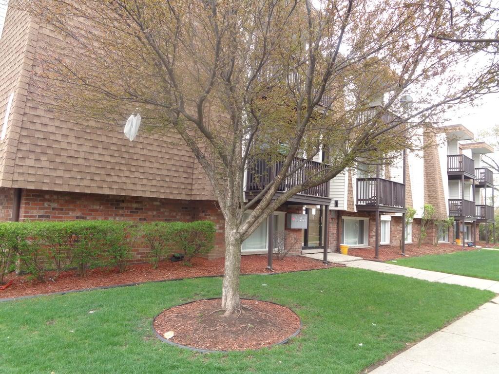 10540 Brooks Lane -4-C8 Chicago Ridge, IL 60415