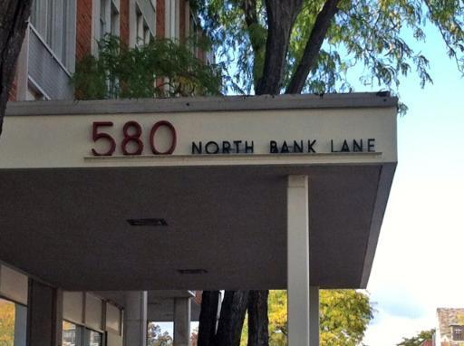 580 N Bank Lane -39 Lake Forest, IL 60045