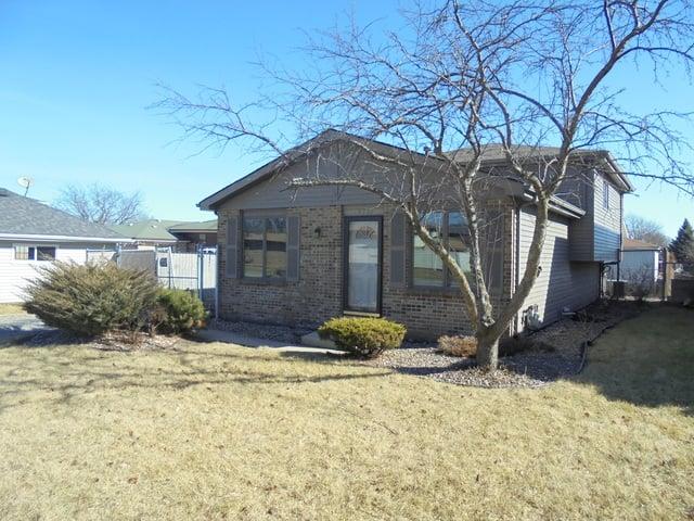 16733 Vicky Lane Orland Hills, IL 60487