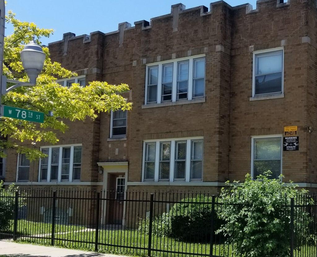 1305 W 78th Street W -1 Chicago, IL 60620