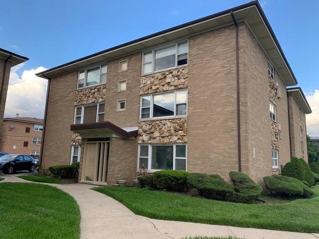 3176 W Meadow Lane Drive -40 Merrionette Park, IL 60803