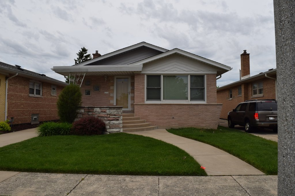 3132 W 100th Place Evergreen Park, IL 60805