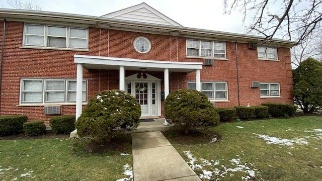 2 N Broadway Avenue -1E Park Ridge, IL 60068