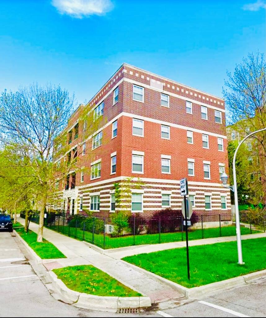 6156 S Kenwood Avenue -1 Chicago, IL 60637