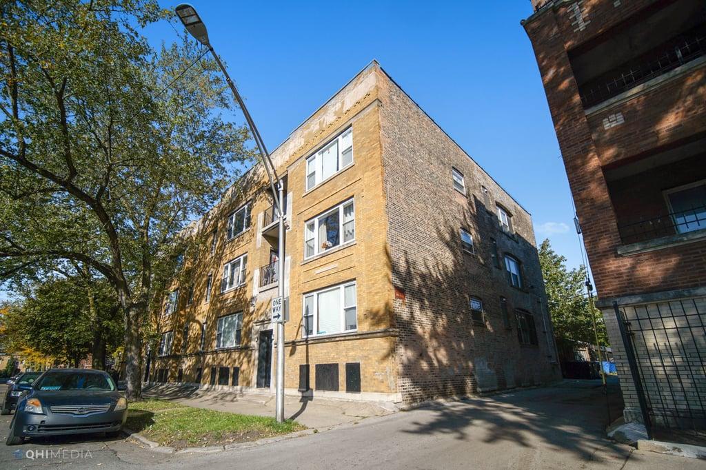 6153 S Vernon Avenue -204 Chicago, IL 60637