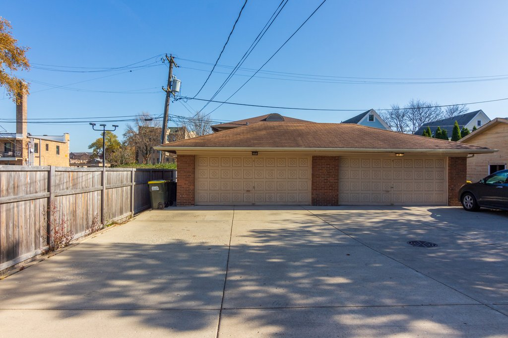 17 S Brainard Avenue,La Grange,IL-16866-20