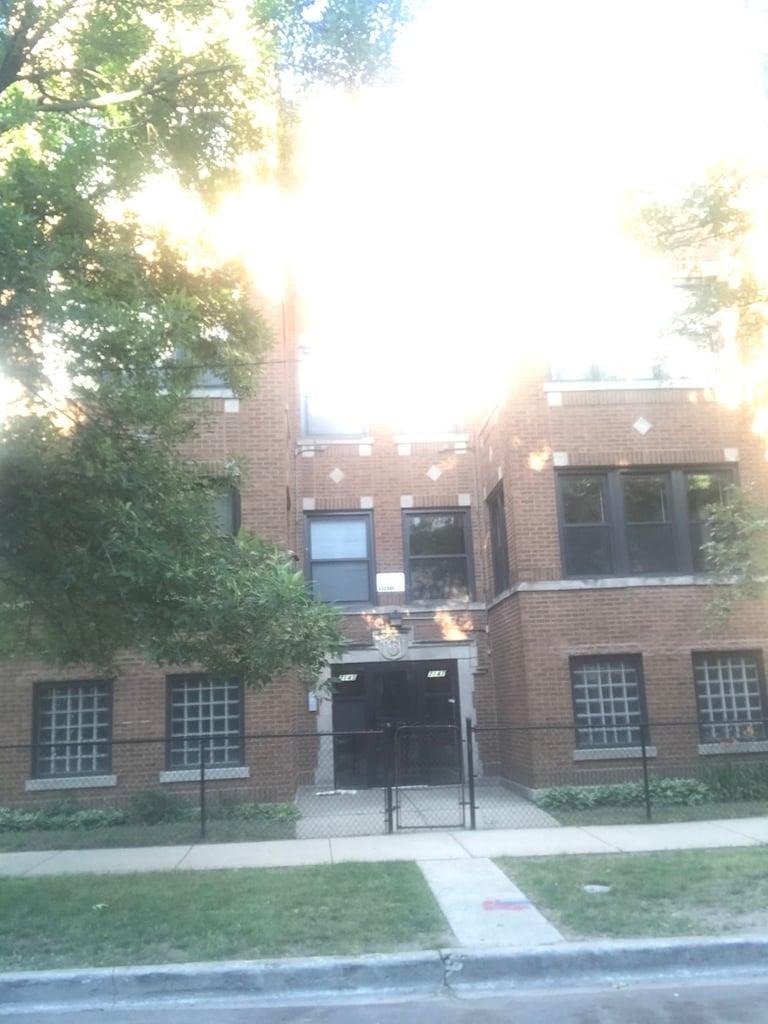 7145 S Ridgeland Avenue -1S Chicago, IL 60643