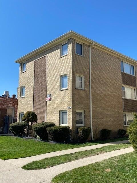 6744 W Diversey Avenue -3S Chicago, IL 60707