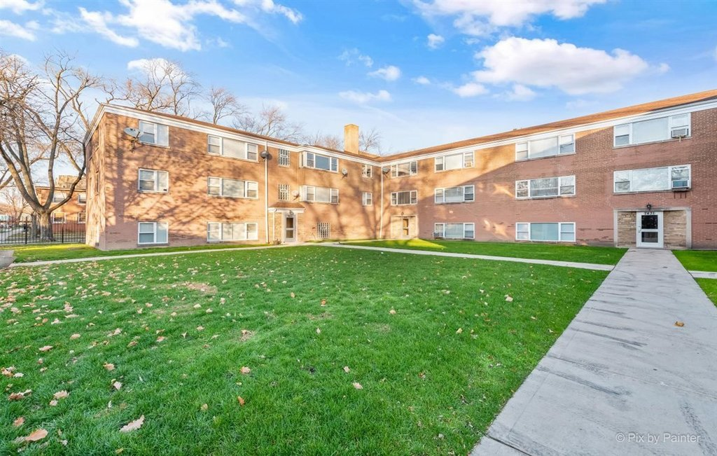 7431 N Winchester Avenue -204 Chicago, IL 60626