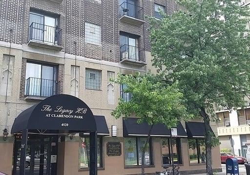 4520 N CLARENDON Avenue -202 Chicago, IL 60640