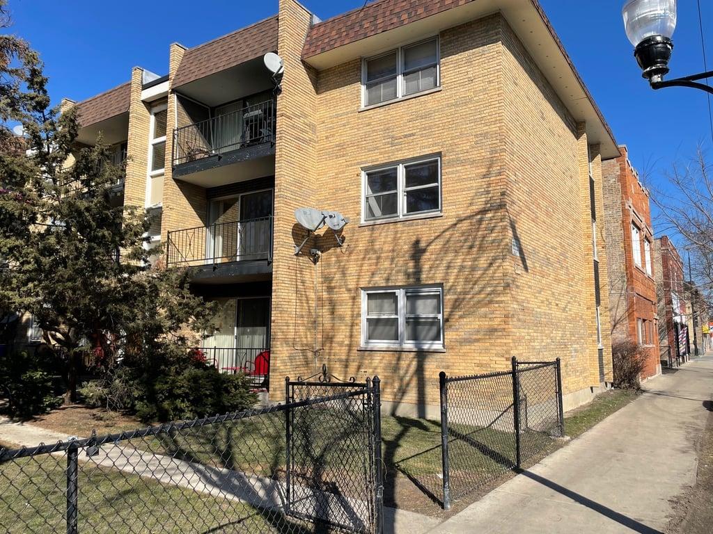 3016 W 59th Street -3E Chicago, IL 60629