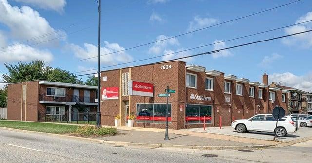 7834 95th Street -2F Hickory Hills, IL 60457