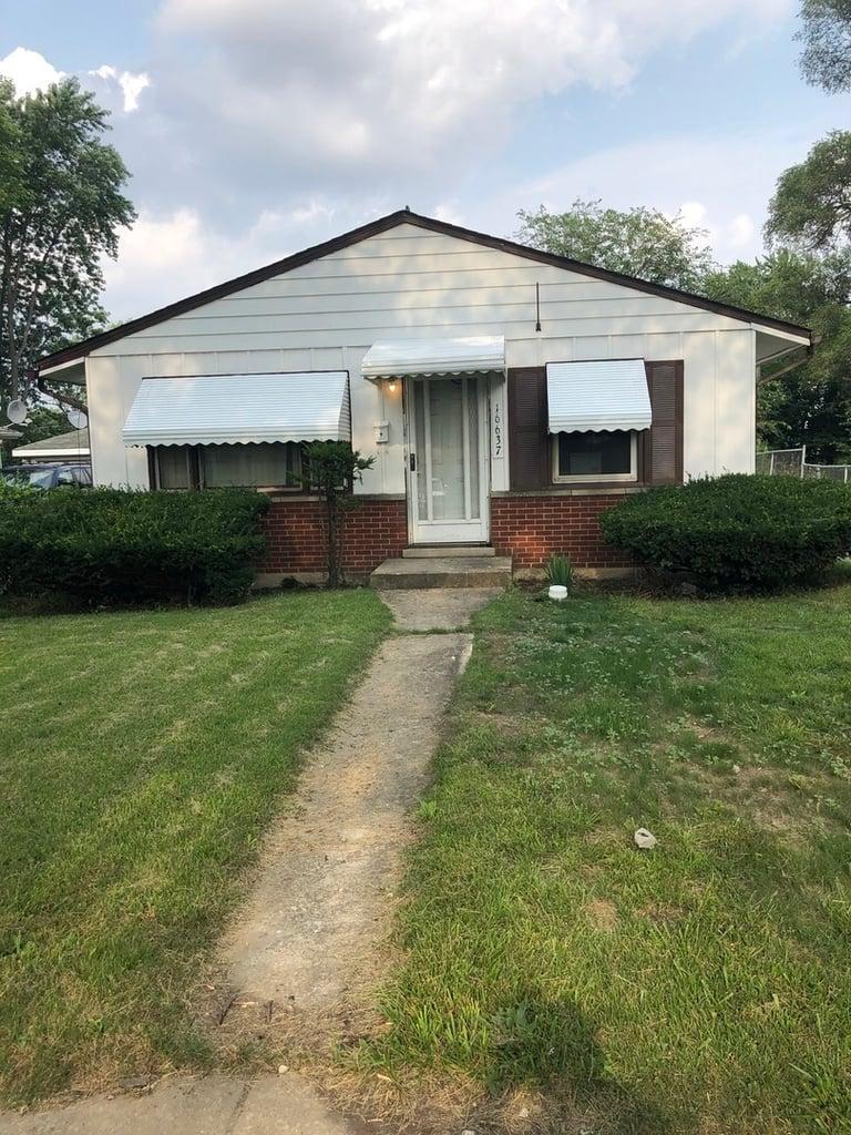 16637 Winchester Avenue Markham, IL 60428
