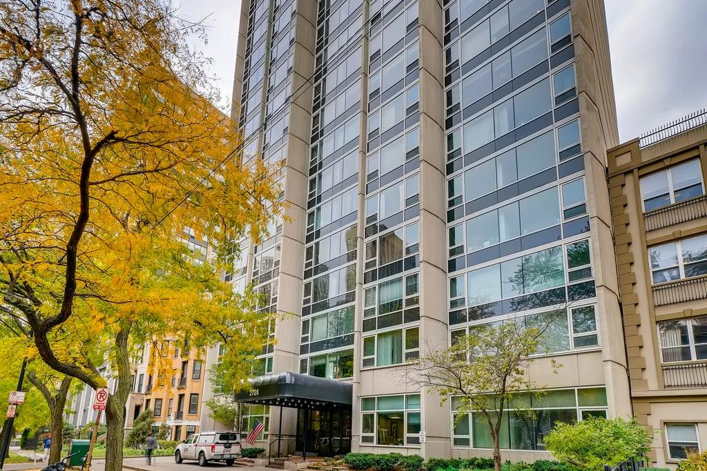 2728 N Hampden Court -201 Chicago, IL 60614