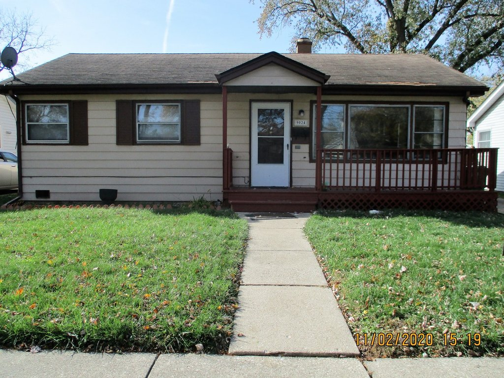 9024 S 51st Avenue Oak Lawn, IL 60453