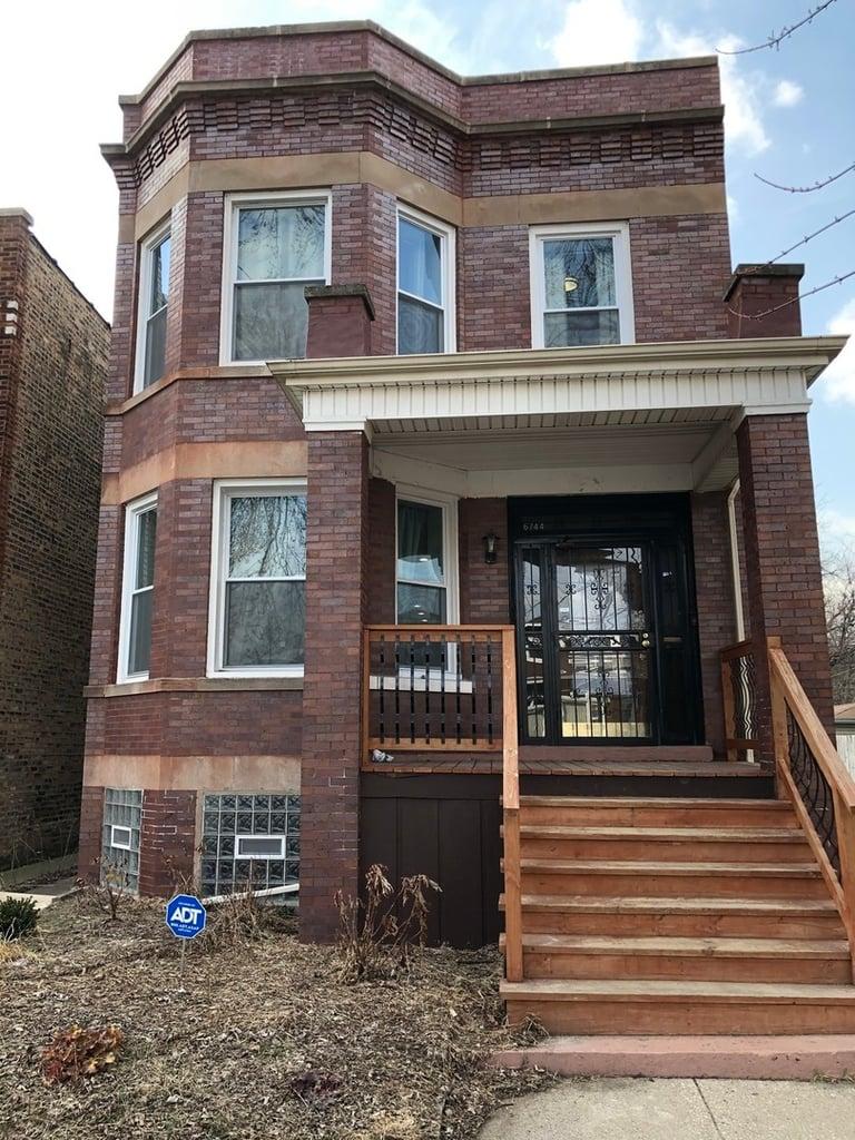 6744 S Saint Lawrence Avenue -2 Chicago, IL 60637