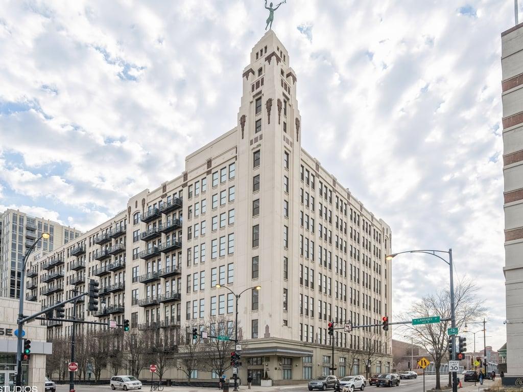 758 N Larrabee Street -202 Chicago, IL 60654