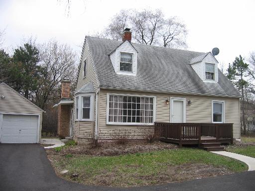 923 W Plainfield Road La Grange Highlands, IL 60525