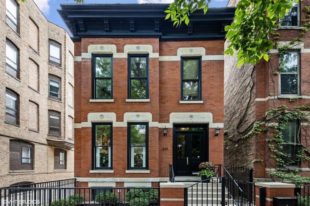 613 W Belden Avenue Chicago, IL 60614