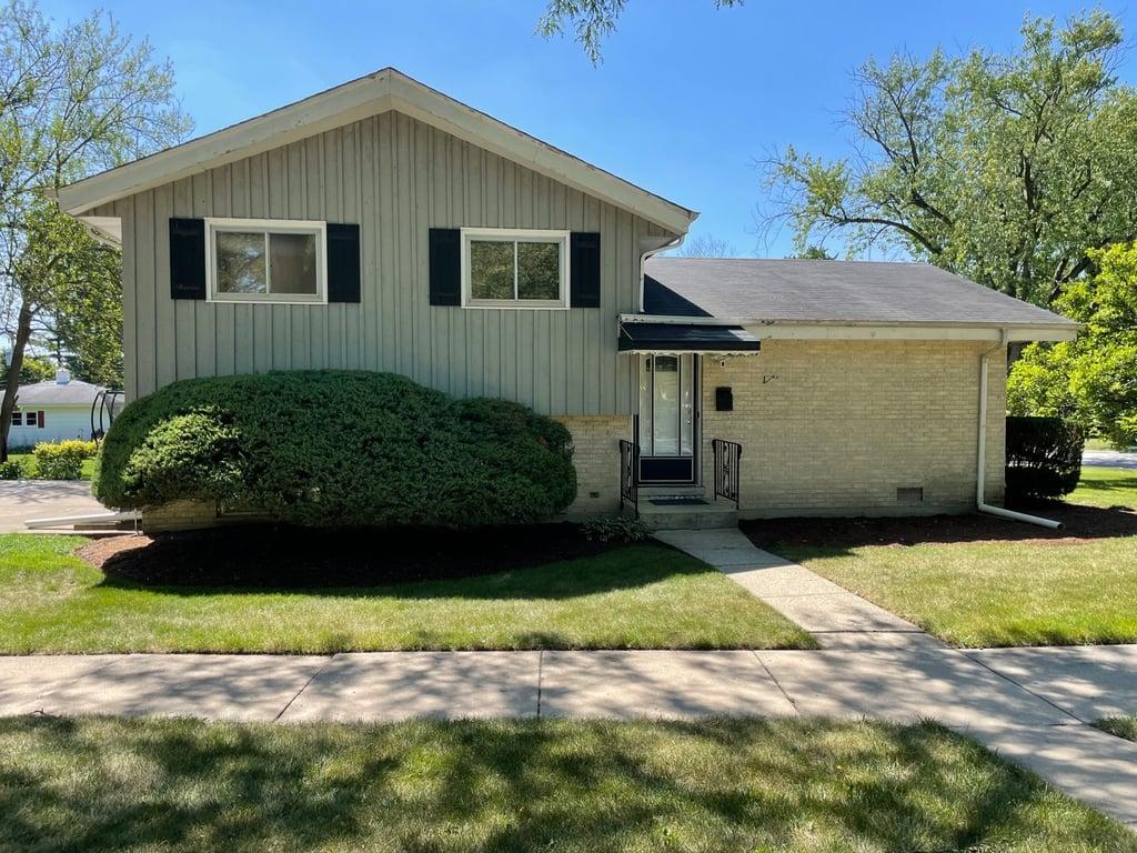 543 Poplar Street Elmhurst, IL 60126