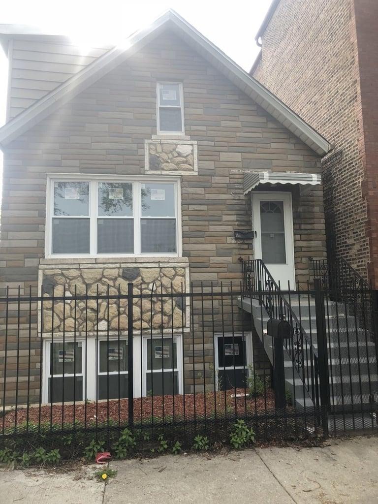 3302 S Hamilton Avenue -1 Chicago, IL 60608
