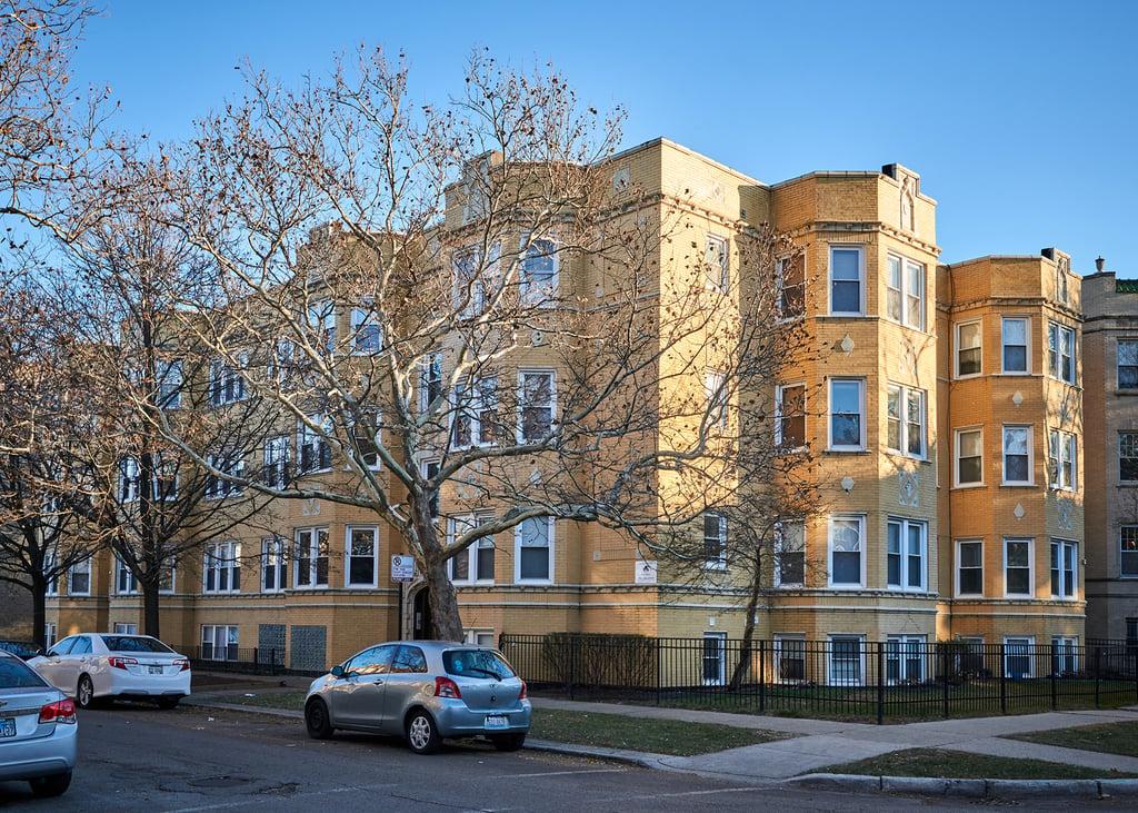 2259 W Rosemont Avenue -1 Chicago, IL 60659