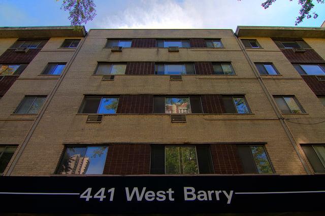 441 W Barry Avenue -226 Chicago, IL 60657