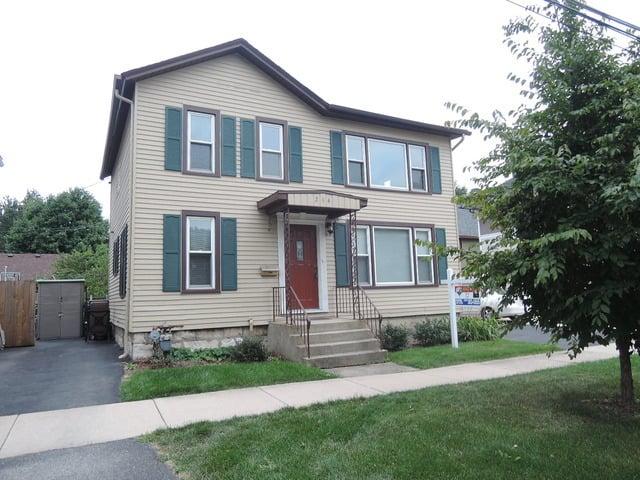 214 North Avenue -1 Naperville, IL 60540