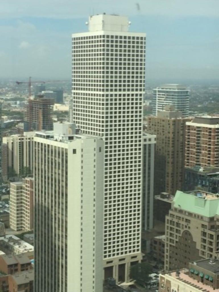 1030 N State Street -51G Chicago, IL 60610