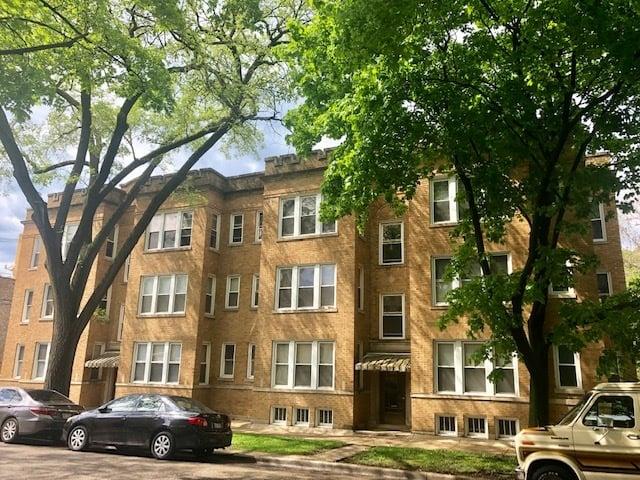2542 W Thorndale Avenue -3 Chicago, IL 60659