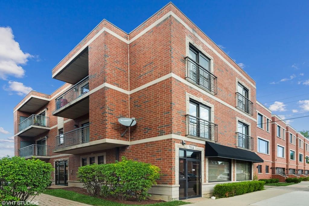 7514 W DIVERSEY Avenue -2S-E Elmwood Park, IL 60707