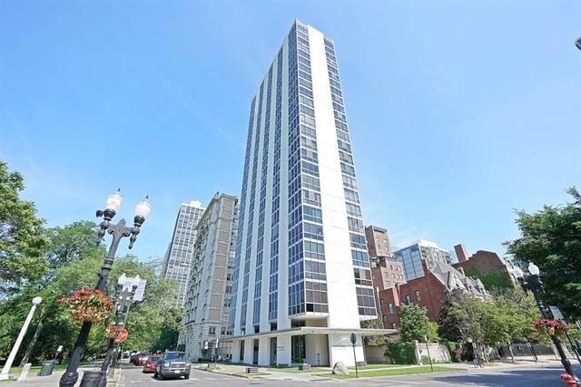 1555 N Dearborn Street -12C Chicago, IL 60610