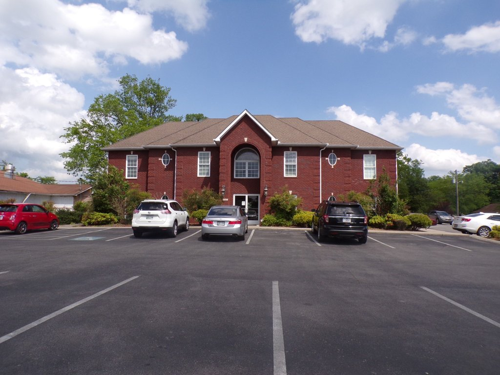 1302 N Main St, Shelbyville
