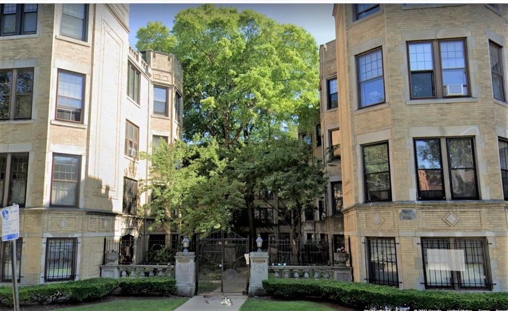 1217 W Lunt Avenue -2B Chicago, IL 60626