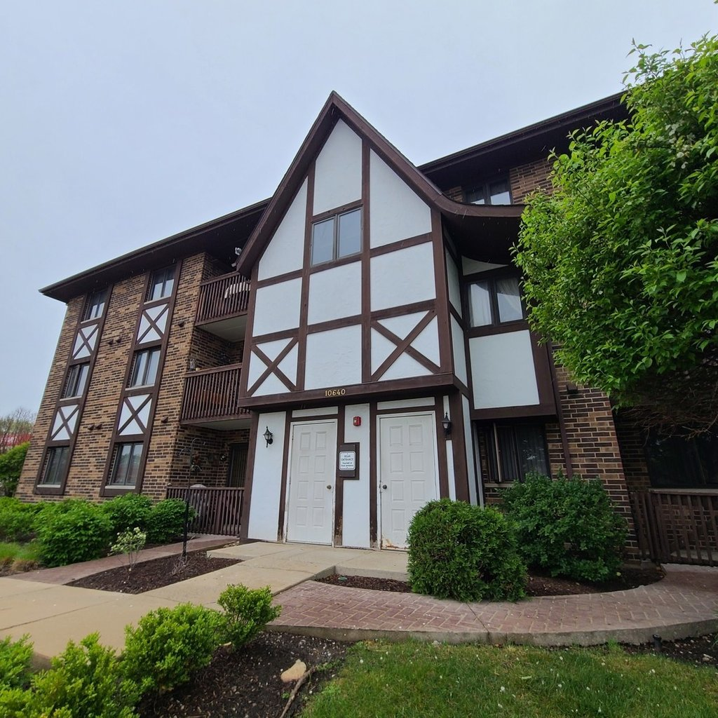 10640 Ridgeland Avenue -1D Chicago Ridge, IL 60415