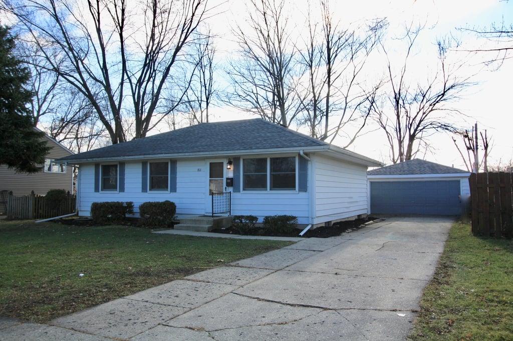 811 Cypress Lane Joliet, IL 60435