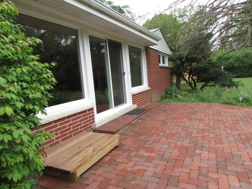 1335 Carlisle Place,Deerfield,IL-37658-25