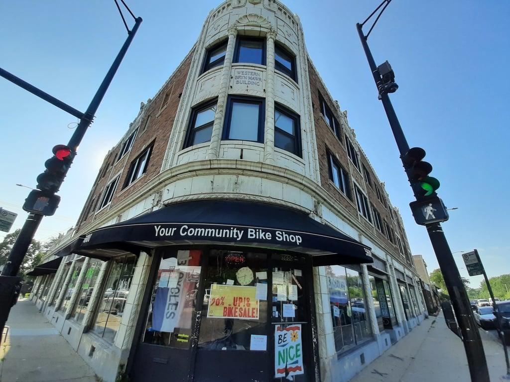 5610 N Western Avenue -202 Chicago, IL 60659