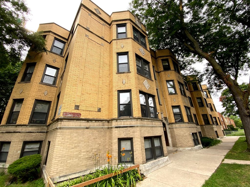 6508 N Hoyne Avenue -3 Chicago, IL 60645