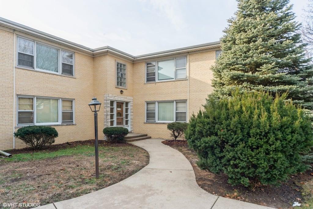 1715 W Touhy Avenue -2 Park Ridge, IL 60068